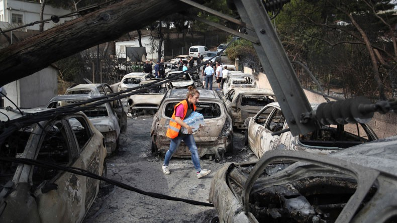 Shipowners rally around Greece wildfire victims