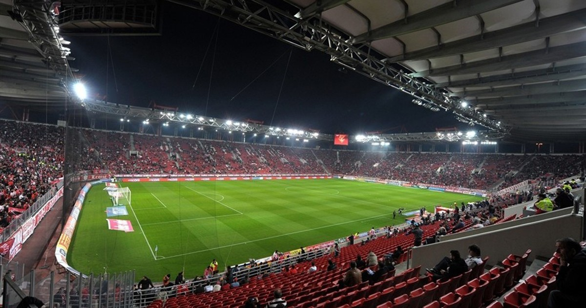 Olympiacos Pride at Match Against Poverty